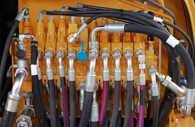 hidraulikus, pneumatikus rendszerek, irányítástechnikai eszközök